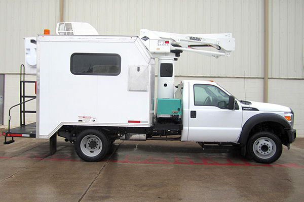 SST Splicer Package Bucket Truck