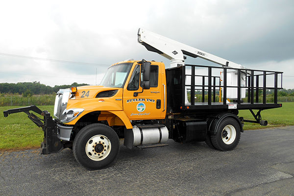 Flatbed Tel-29 Swap Loader Bucket Truck