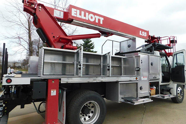 Utility Body Signs : Elliott utility platform lifts i sign and lighting